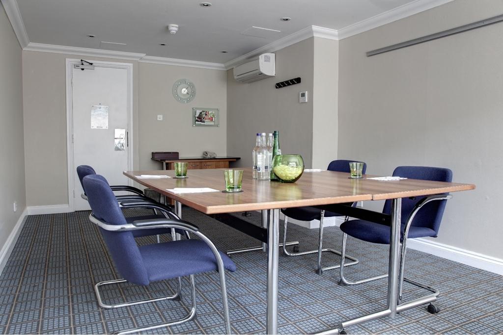 2nd Floor Landing Meeting Room