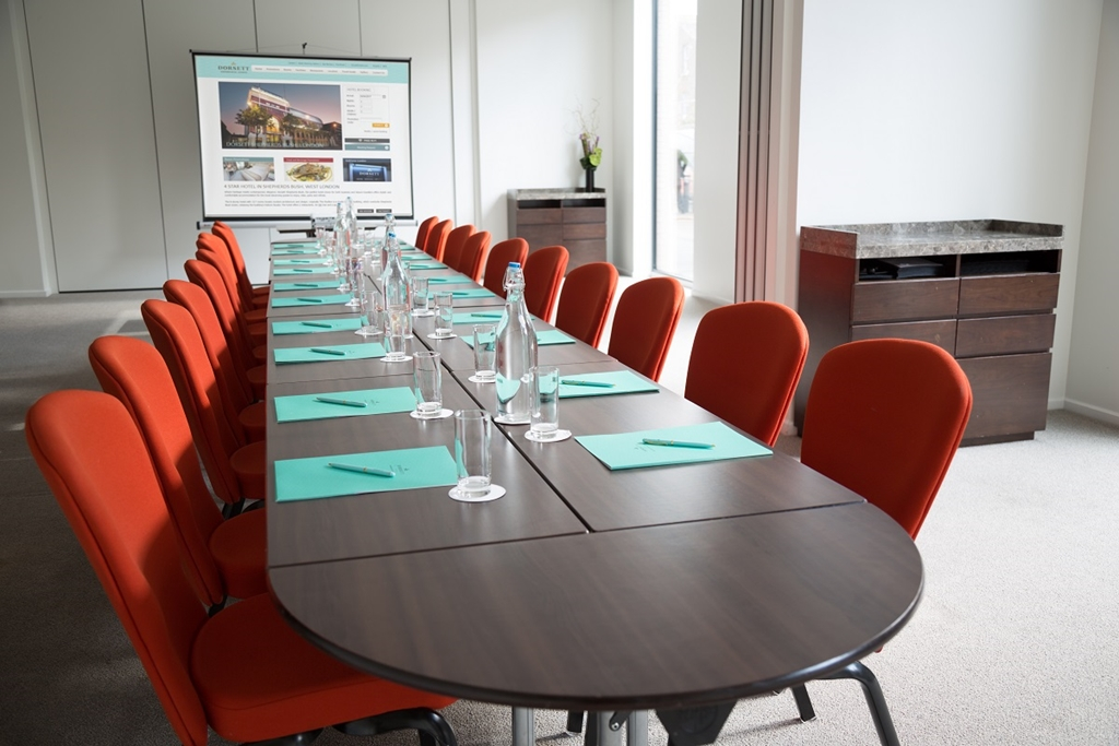 Heron+Albatross Suite Boardroom style