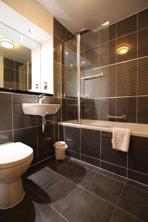 Bathroom in Stratford Accommodation