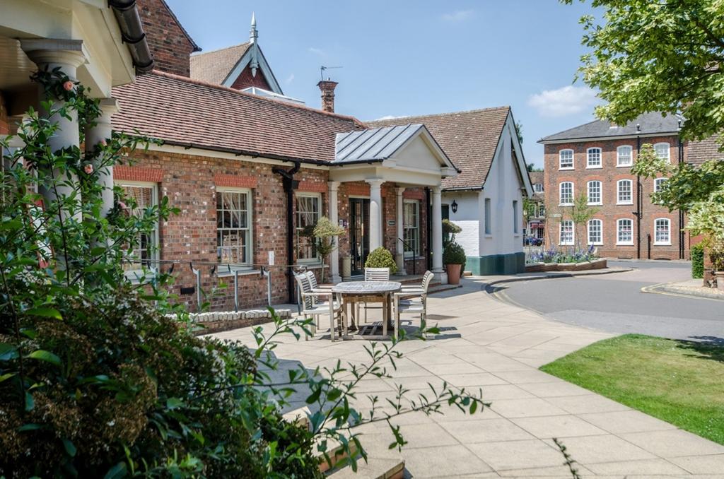 Classic British - The Woburn Hotel