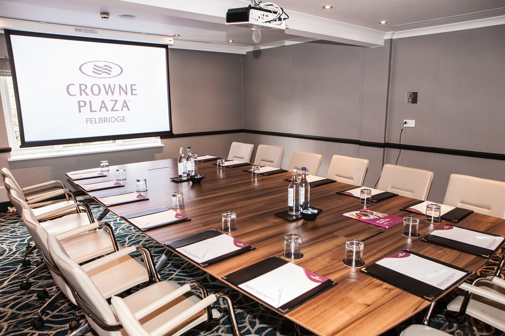 A New Crowne has come to Town! Crowne Plaza Felbridge Hotel