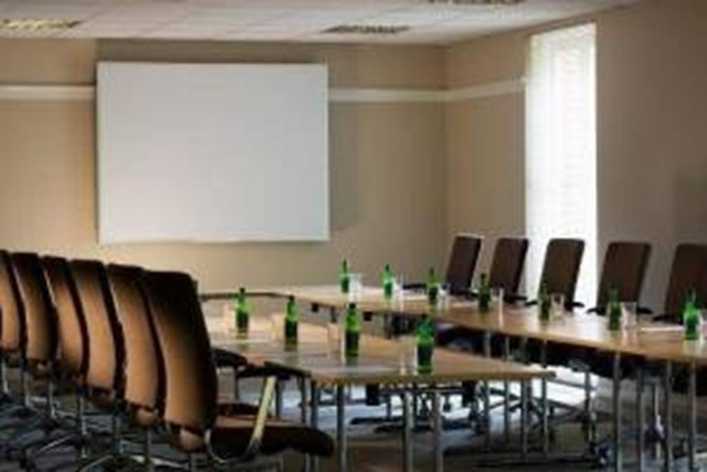 Heckfield Room - Meeting