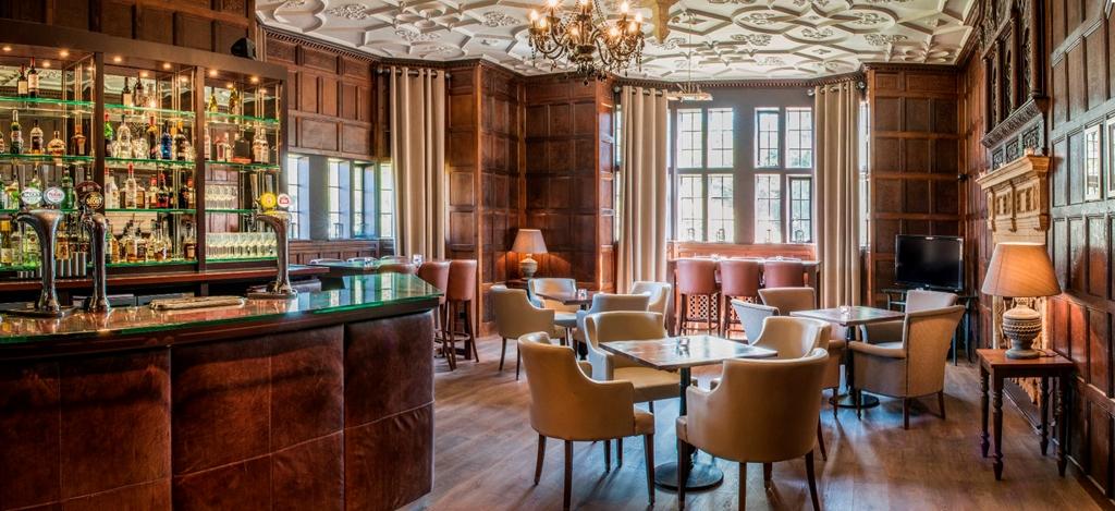 Manor House Lutyens Bar
