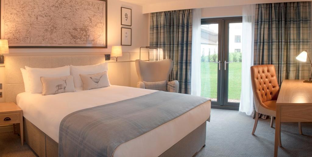 Exec Double - Wokefield Place Standard Bedroom