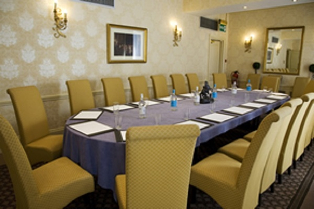 Haleys Hotel & Restaurant