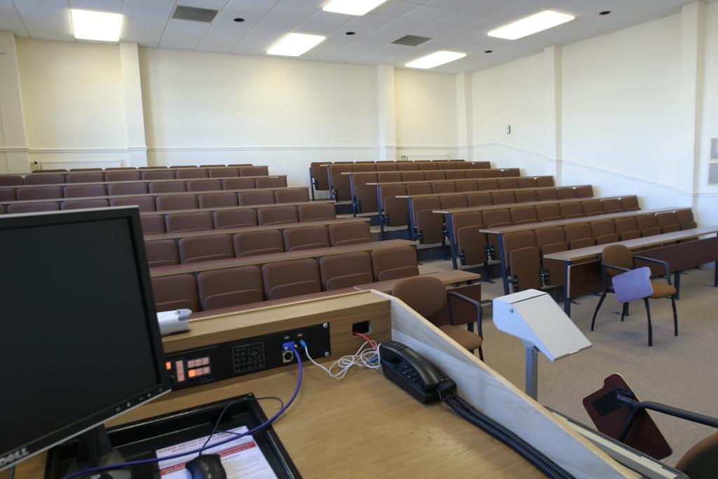 Lecture Theatre in Hornbeam
