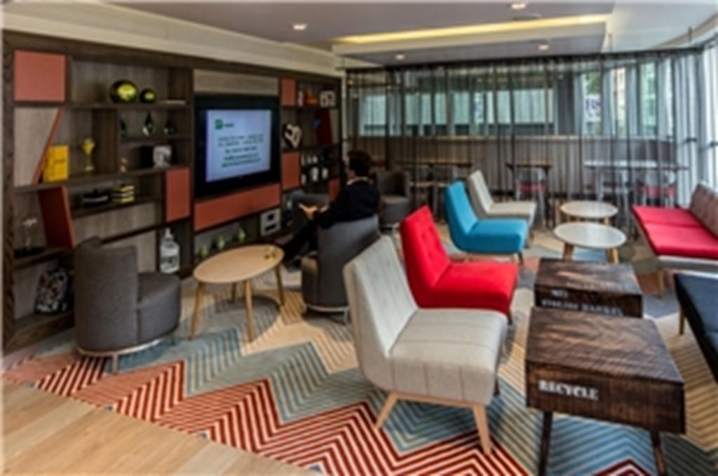 Pop-up Lounge