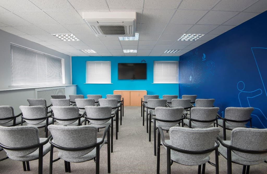 OS3 can be laid out to your preference, theatre, cabaret, boardroom or class you. It's your choice!