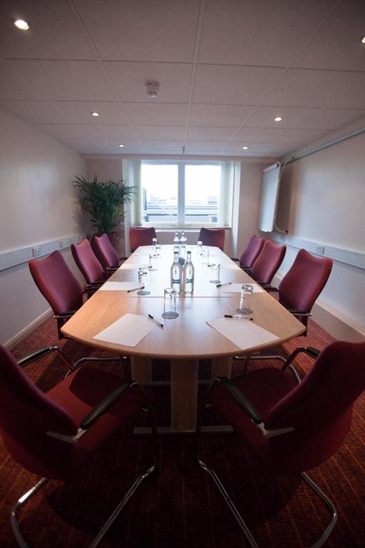 Victoria's Park Suite - Up to 12 Boardroom