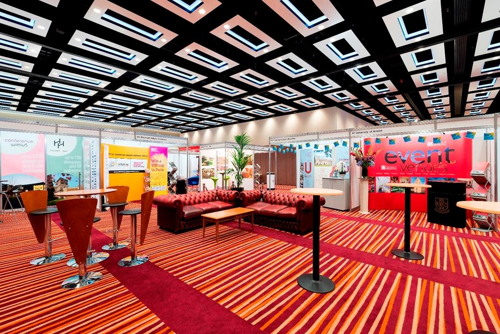 London Suite - Exhibition Cash Bar