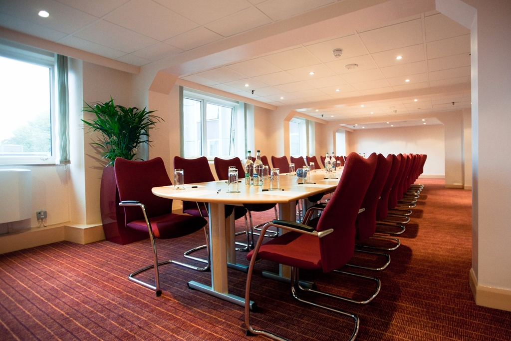 Hyde Park Suite - Up to 35 Boardroom