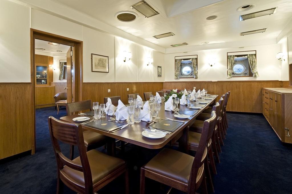Admirals dinner