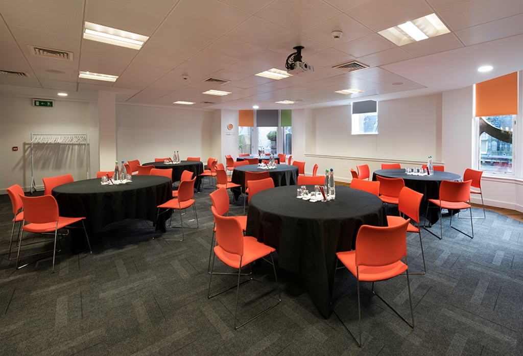 Hope - a spacious room, perfect for training