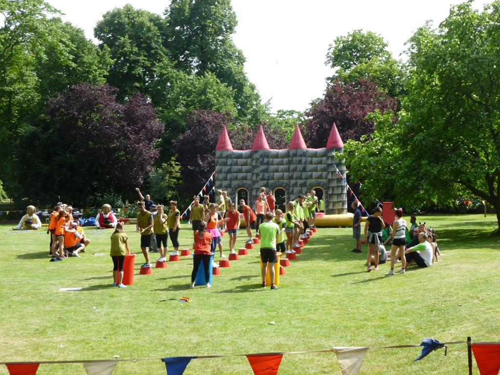 Team Building Activities on York Lawns