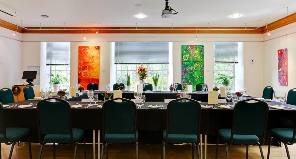 Knapp Gallery - Boardroom Layout