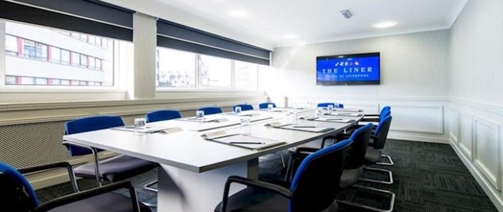 Queen Elizabeth Max 12 Boardroom
