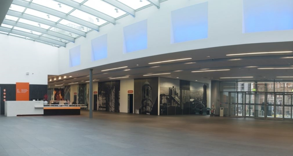 Central Foyer and Meeting Rooms