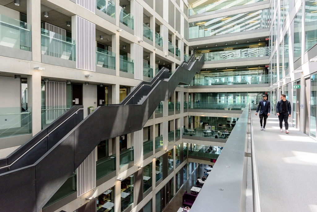 Business School North Atrium. Photo by Rich Jones @richjjones courtesy of Marketing Manchester.