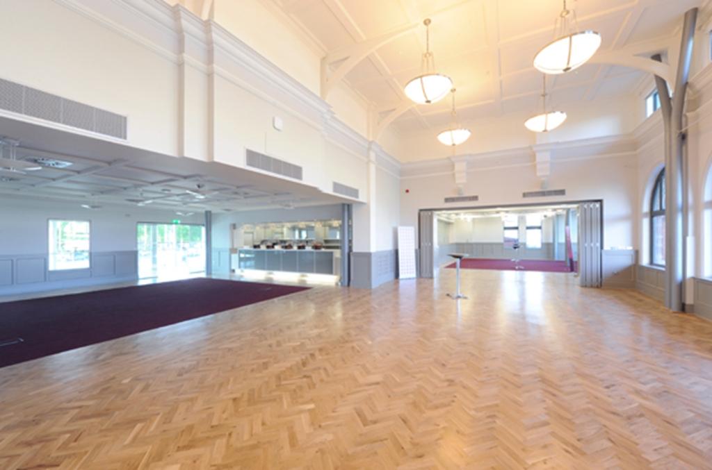 Members Lounge & Long Room