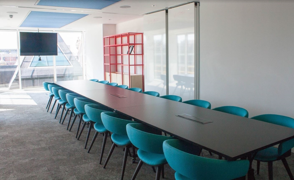 MR6.1 and MR6.2 -  Sixth floor meeting room holds up to 25 people boardroom style or 40 theatre