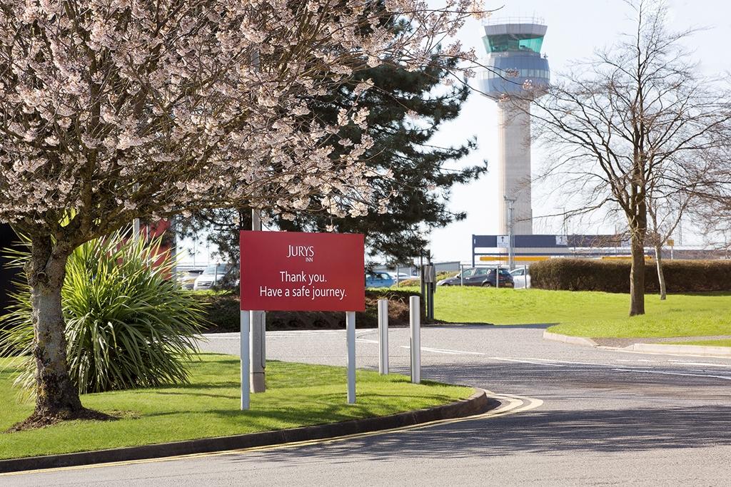 Jurys Inn East Midlands Airport (onsite)