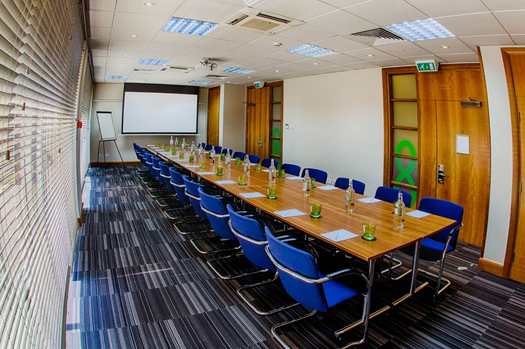 Meeting Room 8 - Natural Daylight