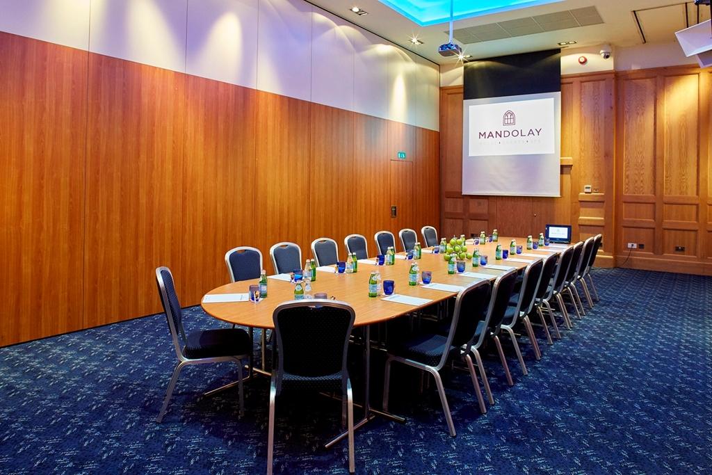 Warwick - Boardroom