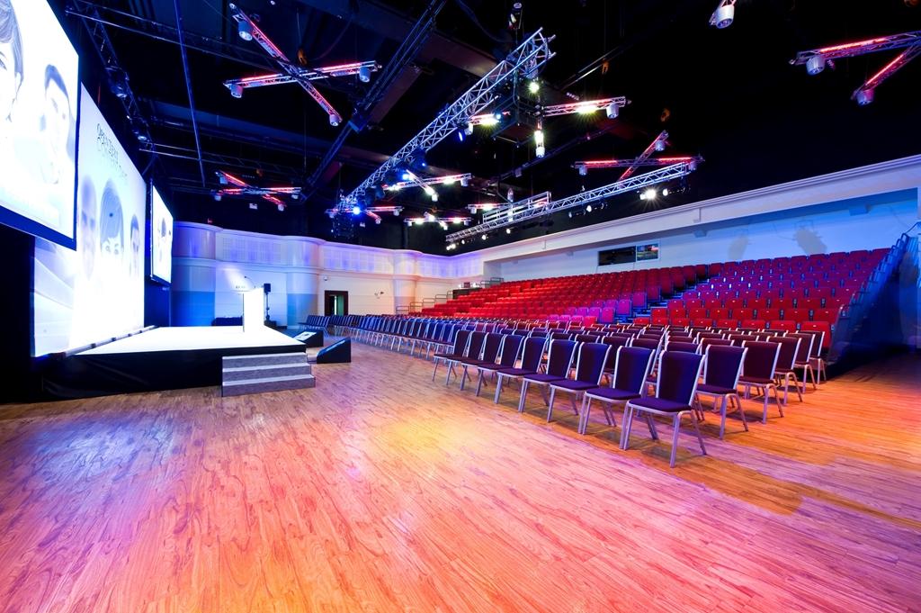 Live Room - Theatre