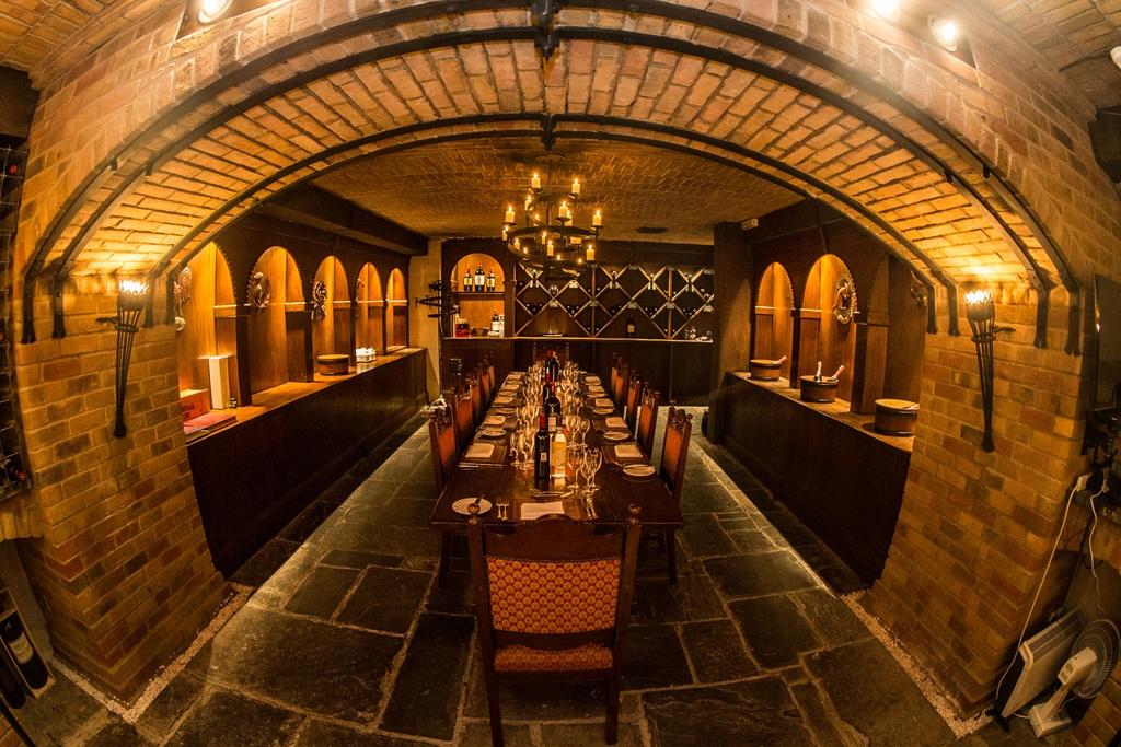 Twickenham Cellar - Dinner