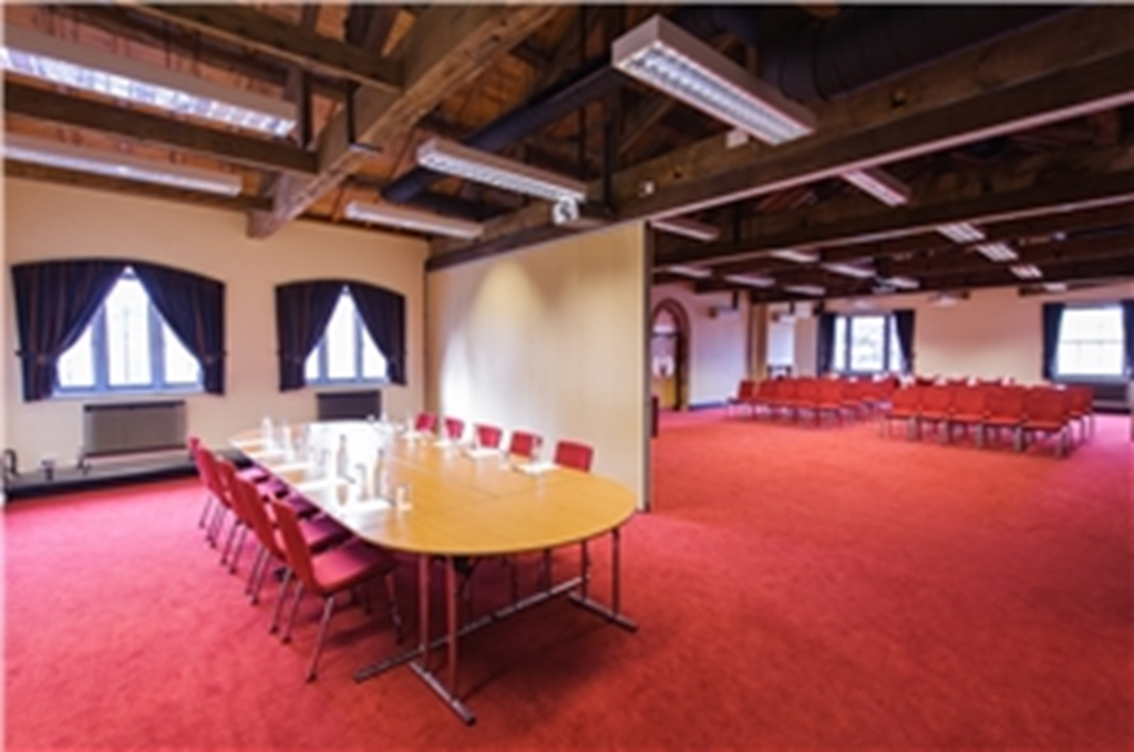 The Lodge Rooms