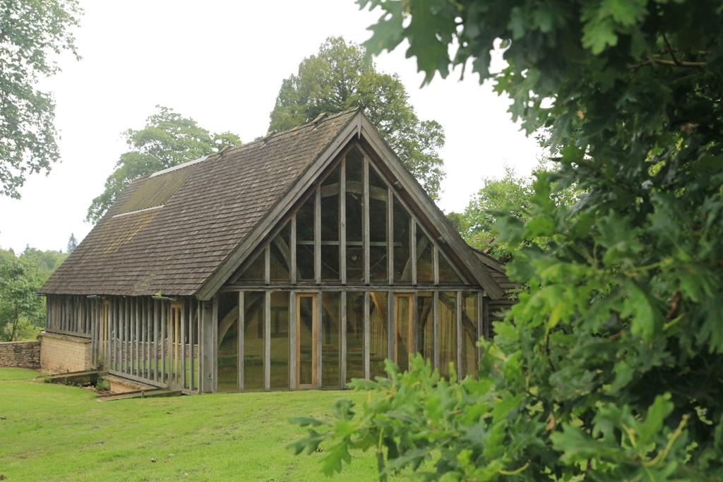 Great Oak Hall - Gloucestershire