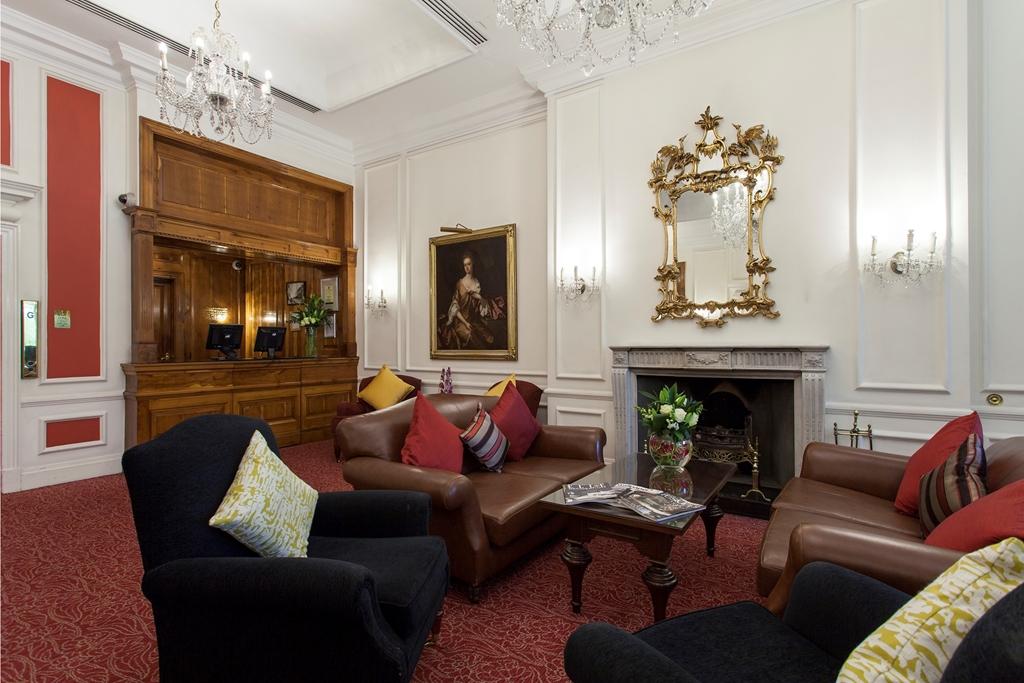 Thistle Hyde Park Hotel