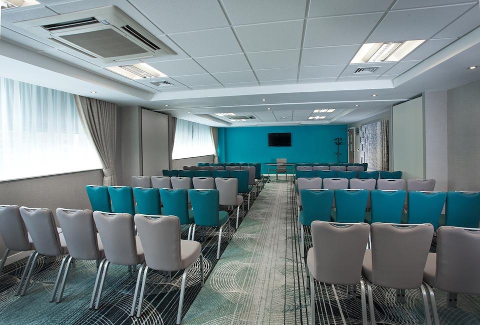 Ramada Hotel Amp Suites Coventry Venuedirectory Com